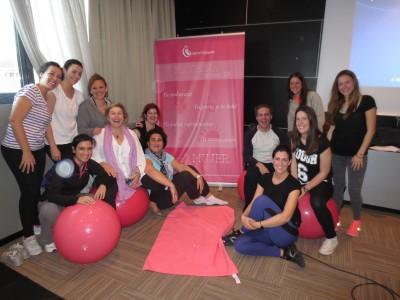 "Matronas del curso de pilates ""en rosa"""